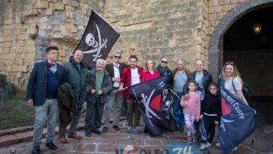 Photo of La ciurma de I pirati del cuore sbarca a Napoli