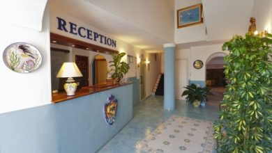 Photo of Prezzi shock in hotel, 5,99 euro per una notte: Ischia mai così in basso