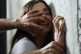 Photo of Violenza sessuale, in quattro arrestati a Ischia