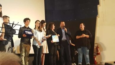 "Photo of Premi, musica e teatro per la festa del cinema della ""Scotti"""