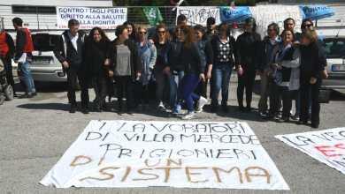 Photo of Villa Mercede, ecco la protesta contro chi la vuole affossare