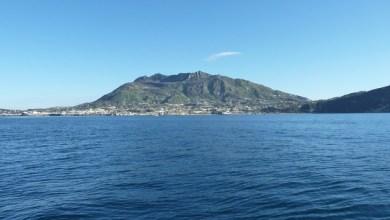 """Photo of Un mare senza plastica, così quello di Ischia entra tra i """"più belli"""""""