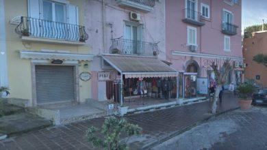 """Photo of Lacco Ameno e terremoto, due negozi """"chiusi"""" dopo quasi due anni!"""