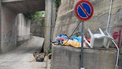 Photo of LA DENUNCIA Maronti, mix tra rifiuti e sosta selvaggia