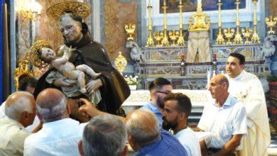 """Photo of Don carlo dalla sua  """"fortezza"""" avvia la festa del santo patronoquesta mattina l'attesa """"intronizzazione di San Giovan Giuseppe"""