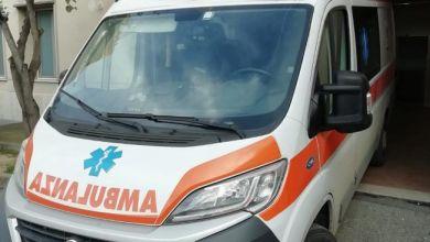 Photo of Chiama l'ambulanza, ma nell'attesa fa shopping ai Maronti