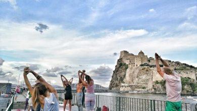 Photo of Ischia, filosofia e yoga urbano aspettando il Festival