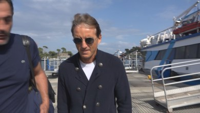 Photo of Mancini, dalla nazionale a Ischia per un weekend di vacanza
