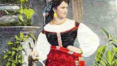 Photo of Le prove dell'abito  da  sposa di Vittoria Colonna nelle  stanze della Torre di Michelangelo