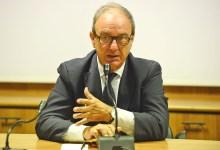 Photo of Inchiesta Pineta Grande, i 5 Stelle chiedono le dimissioni di Postiglione