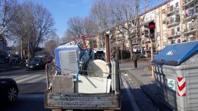Photo of LA STORIA Riprende sversamento illegale di rifiuti, aggredito Borrelli