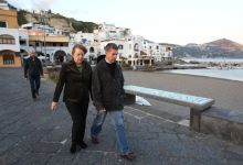 Photo of Angela Merkel presto in vacanza a Ischia
