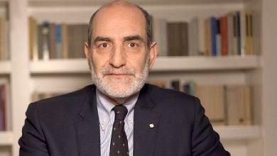 """Photo of """"Premio Ischia Comunicatore 2020"""" a Giovanni Grasso."""