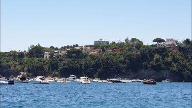 Photo of Le barche assediano Procida, il Comune corre ai ripari