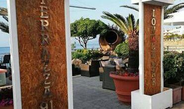 """Photo of L'EVENTO Riapre """"Terrazza 91"""", adesso è davvero estate"""