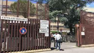 Photo of Processo a Capuano, sfilano altri testi a Roma