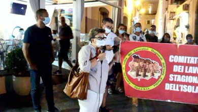 Photo of LA  PROTESTA Stagionali, l'ennesimo grido: «Bonus per tutti e Naspi fino al 2021»