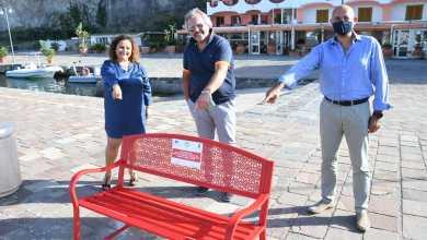 Photo of A Sant'Angelo una panchina rossa contro la violenza sulle donne