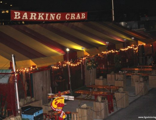 barking crab, mangiare lobster rolls a boston,