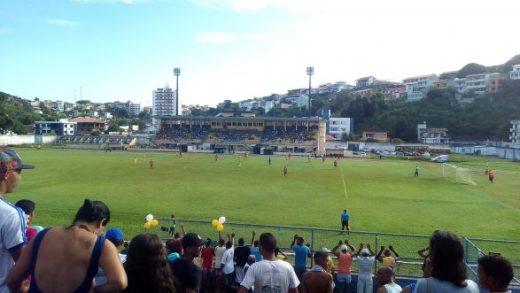 Colo Colo vence e vai ter que golear o Galícia 6