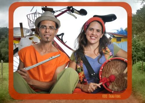 Artistas viajam de bicicleta até Ilhéus para realizar apresentação na Tenda do Teatro Popular 3