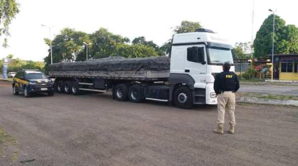 Veículo adulterado com 32 toneladas de adubo é apreendido pela PRF em Itabuna 2
