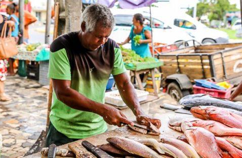 Tradição da semana santa movimenta comércio de pescados em Ilhéus 7