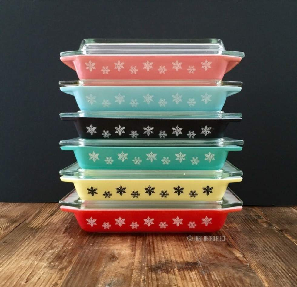 Pyrex 'Snowflake' dishes