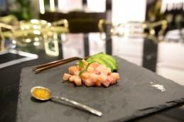 Tartare di pesce spada_avocado_perle al sesamo
