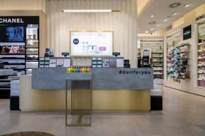 Douglas_Flagship store C.so Buenos Aires[2]