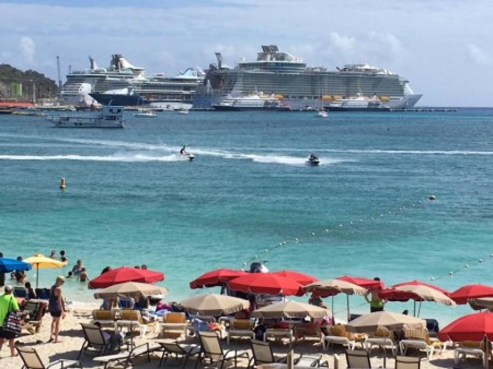 Rouge ET Noir casino , St Maarten island