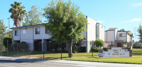 Sacramento 18 Unit Apartment [Sold January 11, 2016]