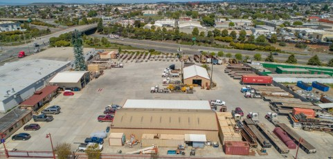 3 Acre Trucking Yard + Warehouse [For Lease]