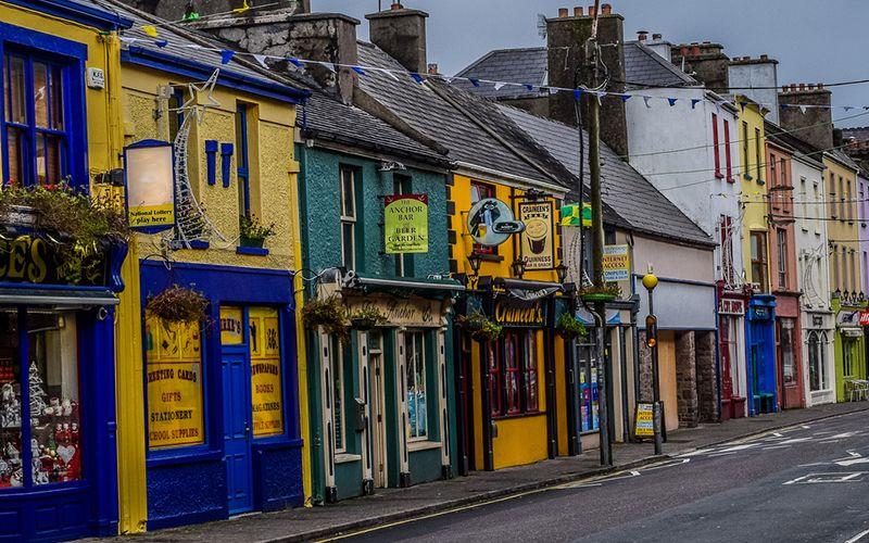 """""""Quel pane non è pane"""", il Festi-van di cultura musicale e la felce più rara del mondo: notizie dall'Irlanda"""