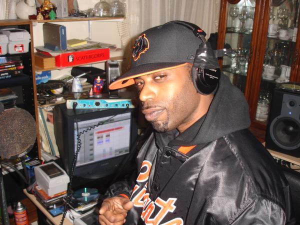 DJ Eclipse Interviews FT (Fuc That) on Halftime Radio WNYU 89.1FM