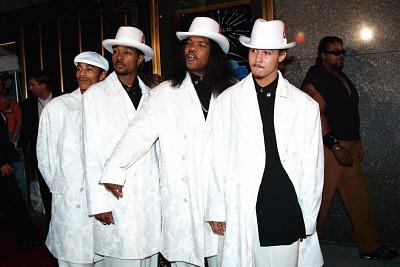 Bone Thugs-N-Harmony Ft Will.I.Am – Patron