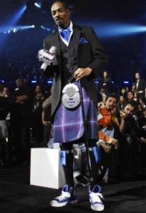 Snoop dogg wearing a kilt