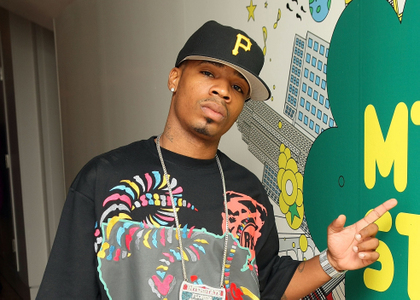 Plies ft. The Dream – Jamie Foxx – Please Excuse My Hands
