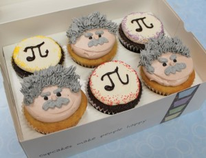 Swirlz Pi and Einstein Cupcakes