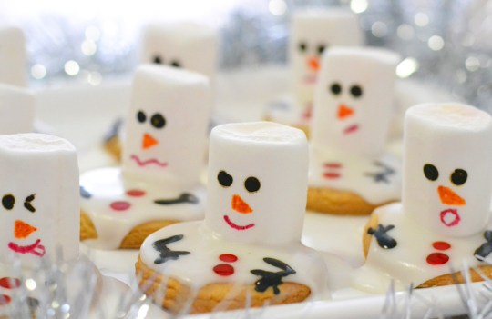 Make These Cute Melting Snowmen Cookies With Me(Step By Step)!