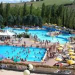 Sostegni bis: tamponi gratis, superbonus 110%, incentivi per piscine e palestre e Rc auto. Corsa a nuovi bonus e aiuti