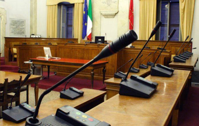 Decadenza dei sindaci, consiglieri comunali contro l'Anci Sicilia