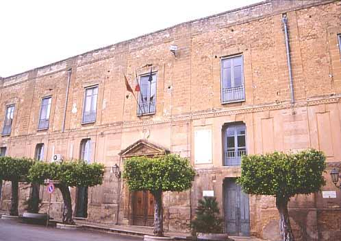 Sciolto per mafia il Consiglio comunale di Castelvetrano