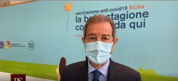 """Vaccini anti Covid, Musumeci: """"Nessuno salti la fila"""""""
