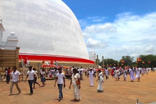 Sri Lanka - Ruwanweliseya Dagoba2