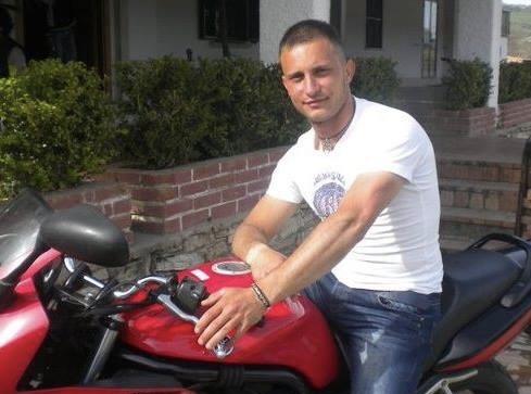 Terribile scontro tra due auto a Pozzuoli: perde la vita un uomo