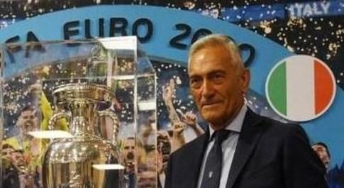 Gravina domani in Abruzzo. A Pescara si può ammirare la Coppa vinta agli Europei