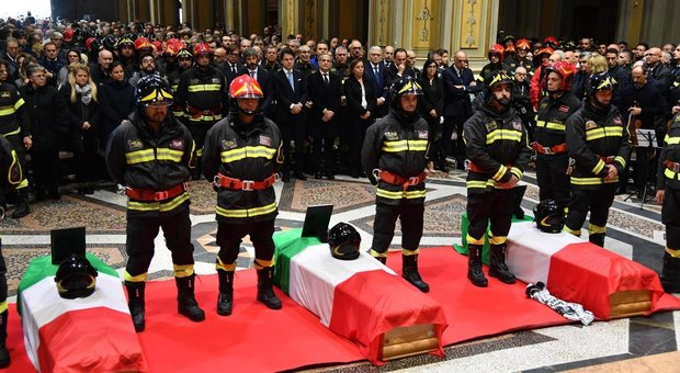 Explosion Alessandria, the funeral of the dead firefighters: Prime Minister Conte is present