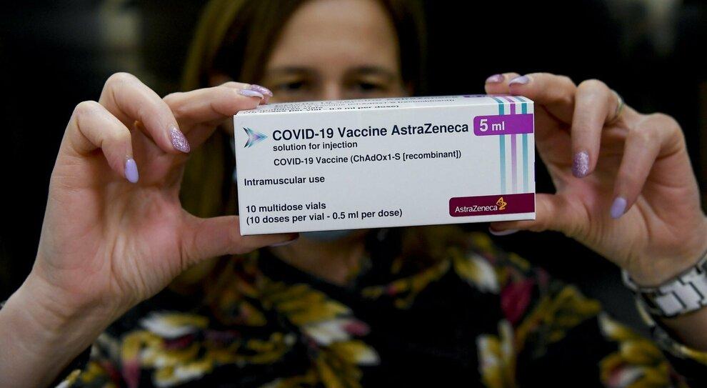vaccino astrazeneca richiamo dopo 12
