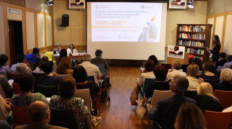 Vaccini: eventi avversi, sorveglianza e prove pratiche nel terzo incontro del corso promosso dalla Professoressa Maria Triassi